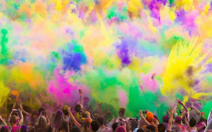 When is Holi 2021?